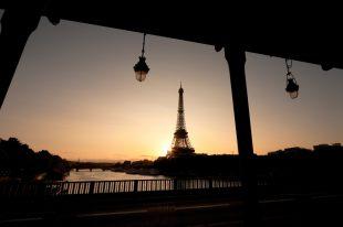 paris-shutterstock_34608127