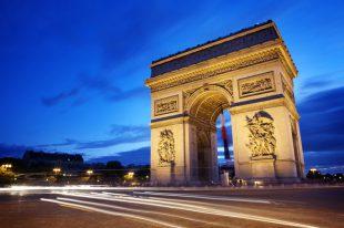 paris-shutterstock_47338537